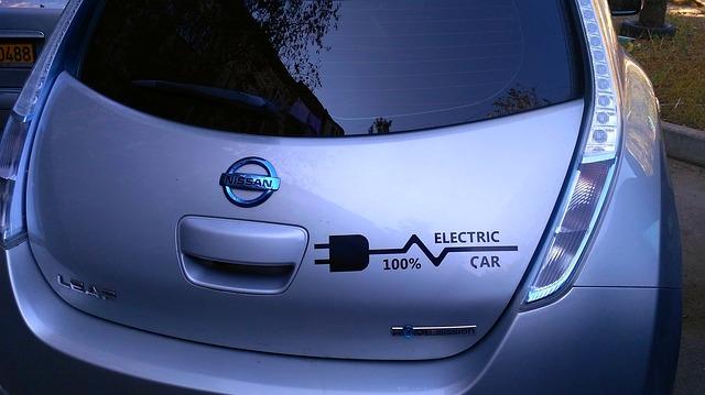 elektrické auto nisan.jpg