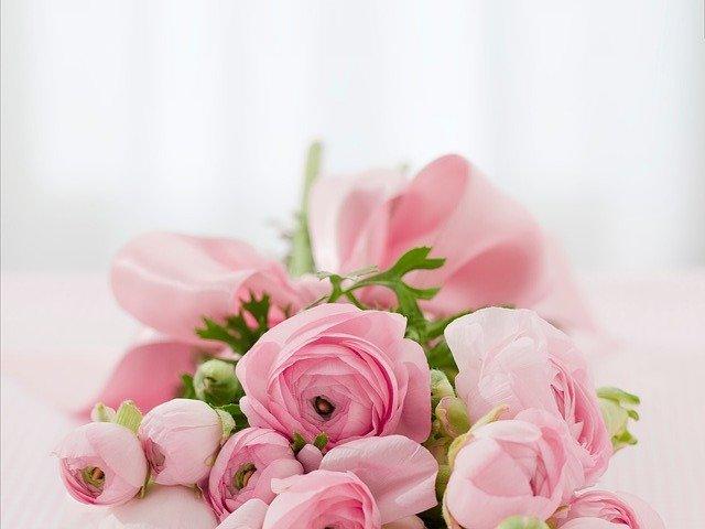 květina s mašlí.jpg